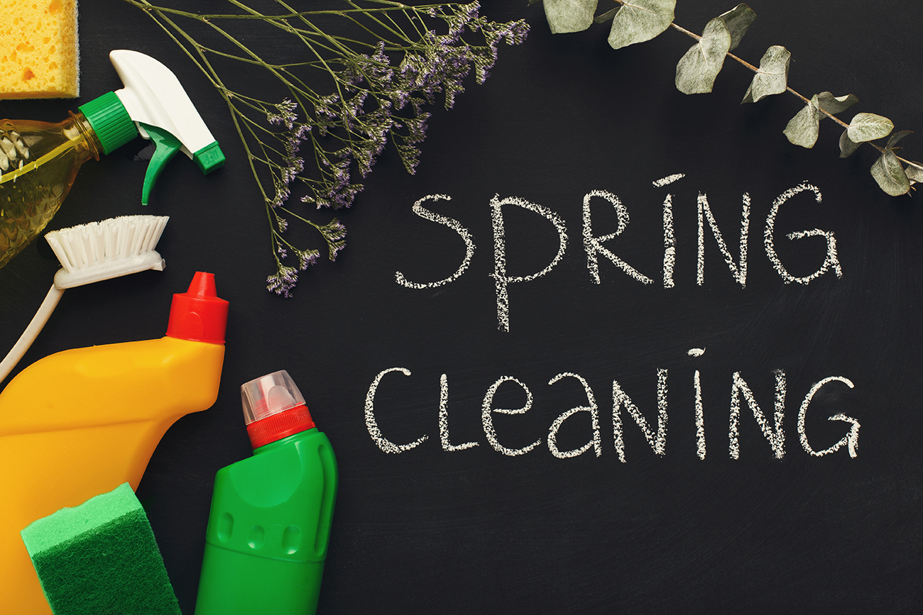 Spring Cleaning - The right way to get rid of your things and green cleaning